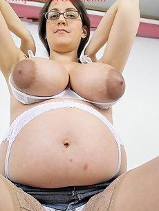 Pregnant Galleries